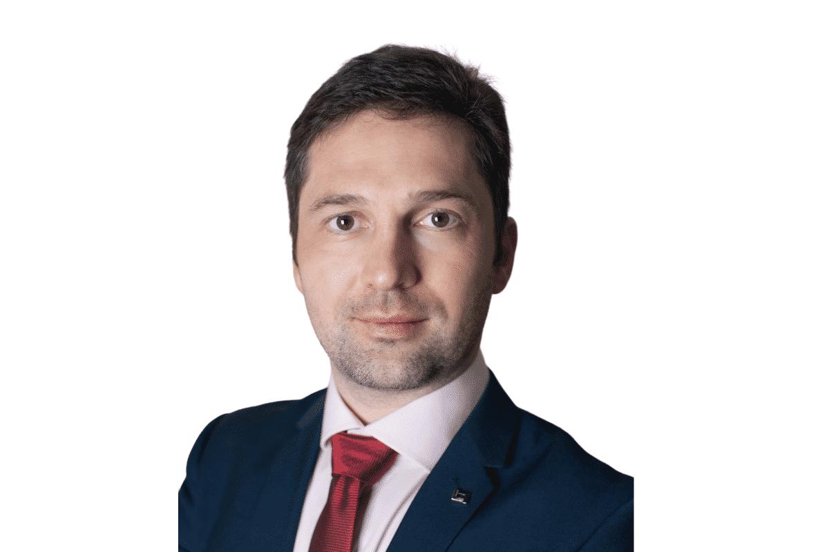 Buyer's Agent Andrey Vinogradov