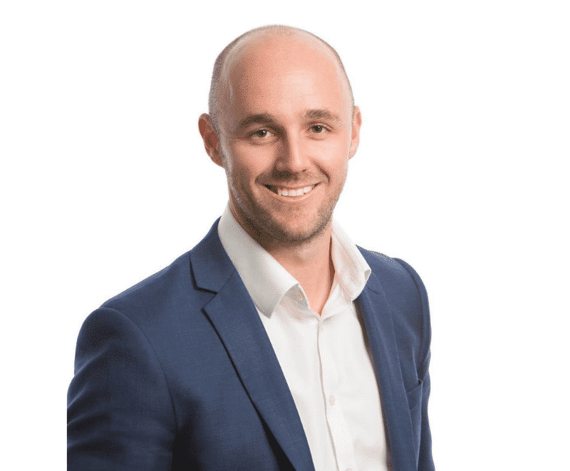 Buyer's agent Darren Piper